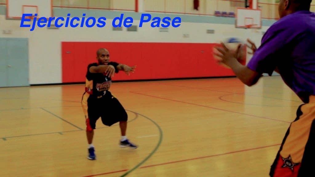 Ejercicios de pase en baloncesto